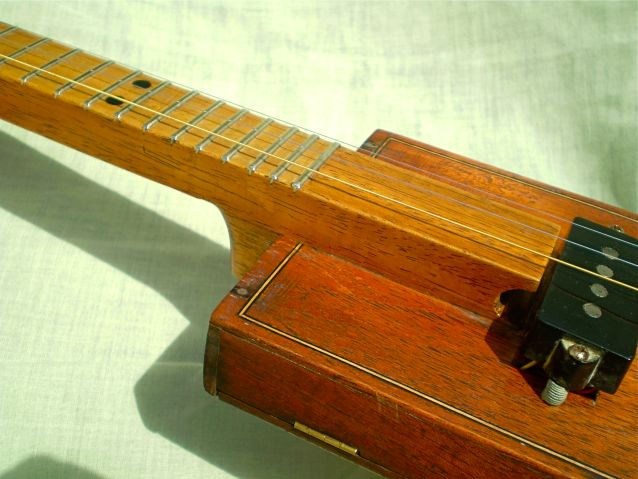 Cigar Box Instrument